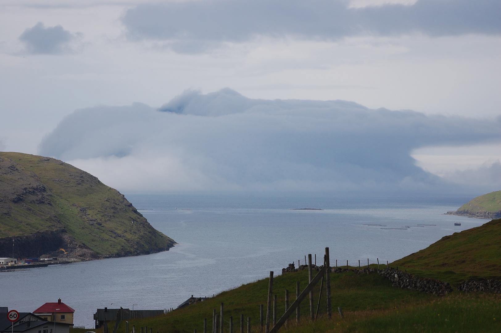 Mykines in einer Wolke