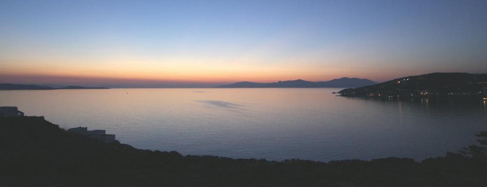Mykonos               nach Sonnenuntergang ..