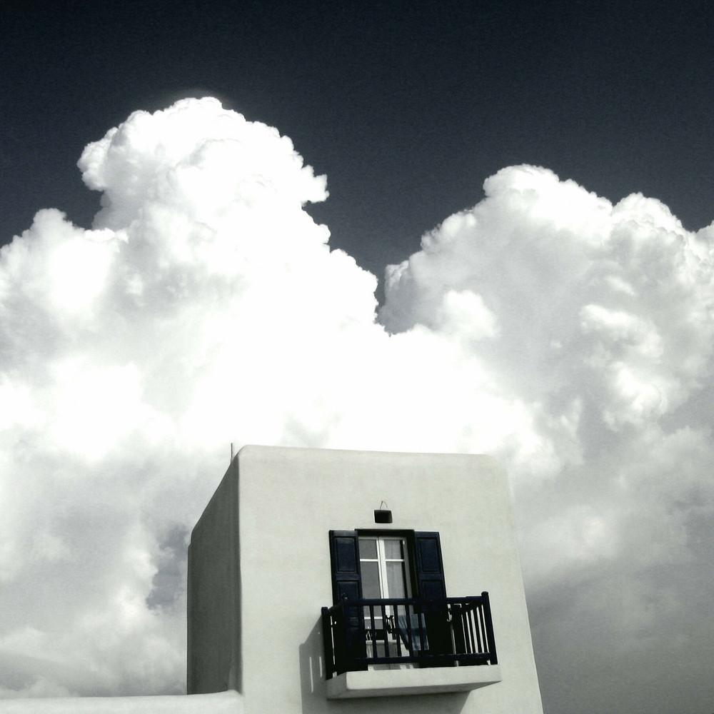 Mykonos  --        Wolken wie von Rubens