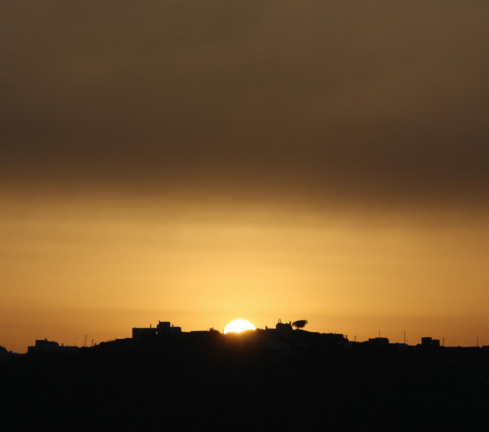 Mykonos ...........zur Abwechslung ein Sonnenaufgang