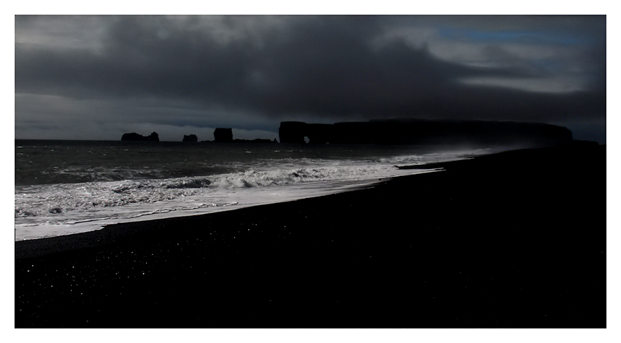 Mystische Stimmung am Kap Dýrhólaey - Island (15)