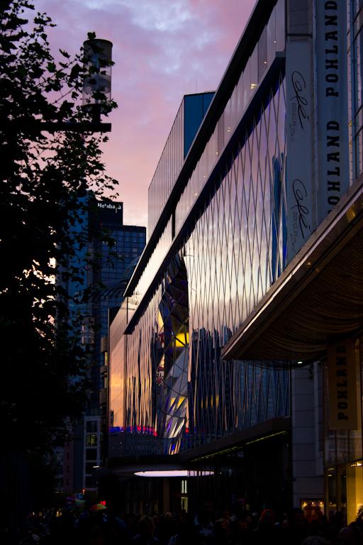 MyZeil Frankfurt am Main im Abendlicht