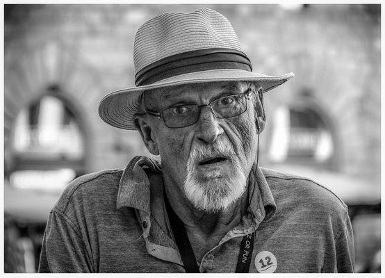 n. 207 - La fatica dell'anziano turista.