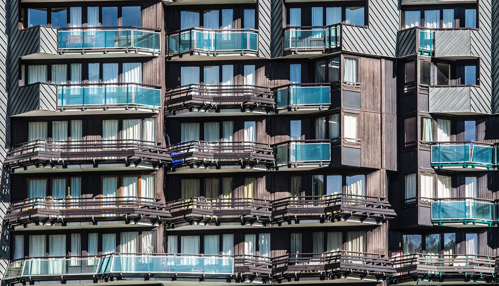 n Balkone