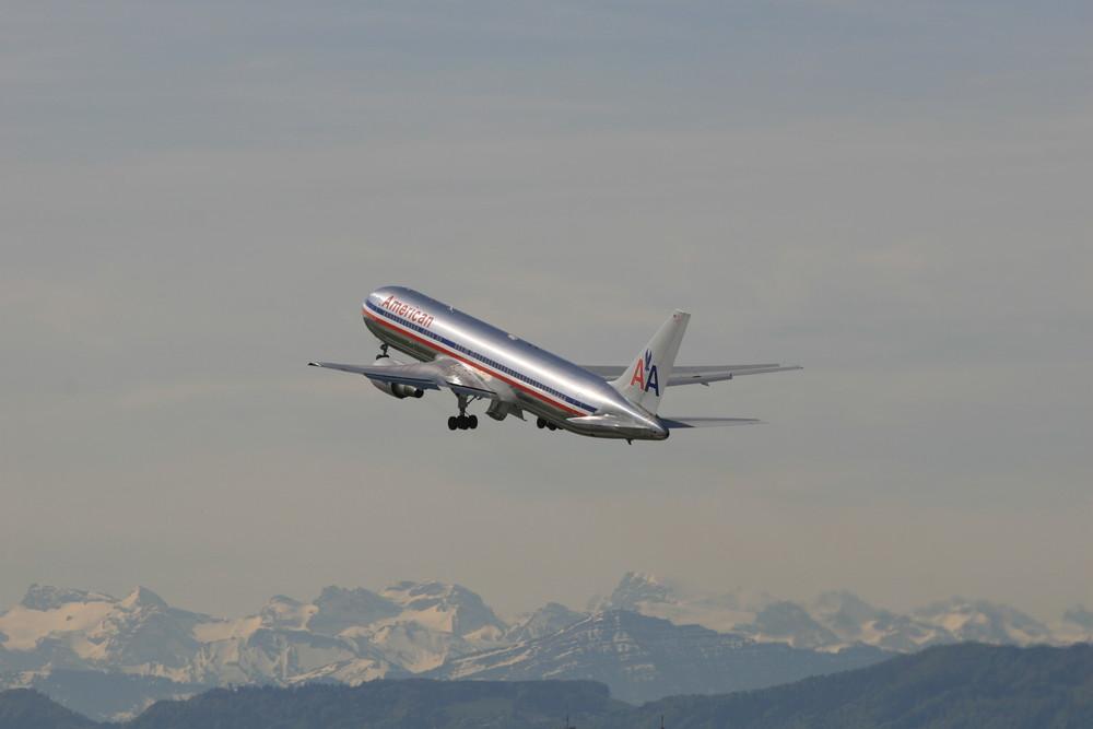 N361AA - American Airlines - Boeing 767-323(ER)
