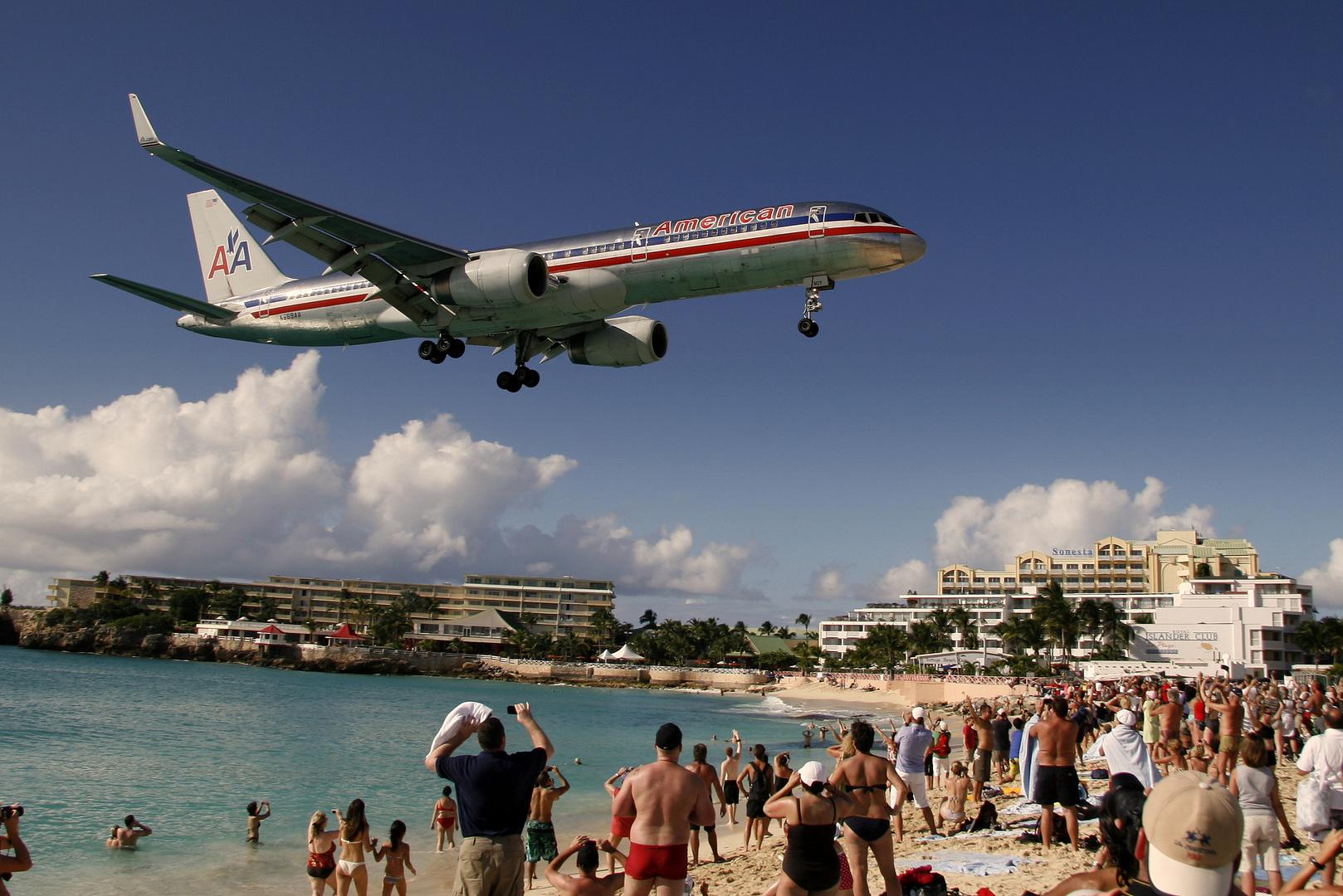 N669AA aus Miami im Anflug auf St. Maarten
