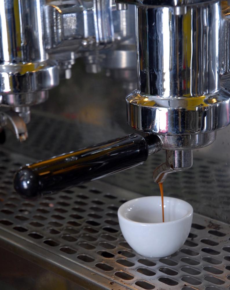 na tazzullella e caffe