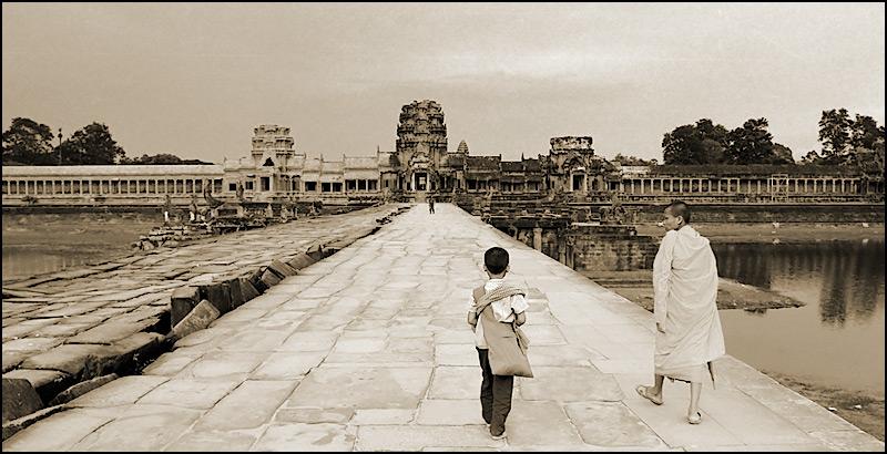 Nach Angkor Wat (rsm)