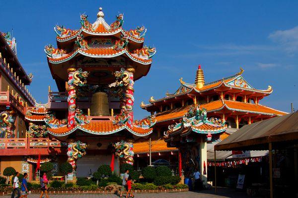 Nacha Sa Thai Chue Shrine - Bang Saen