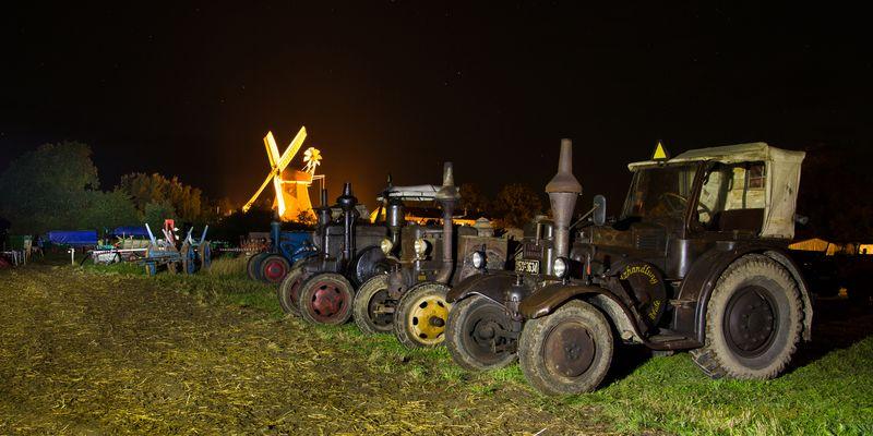 Nacht auf dem Traktorentreffen