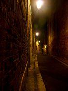 Nacht in der Altstadt von Albi/F