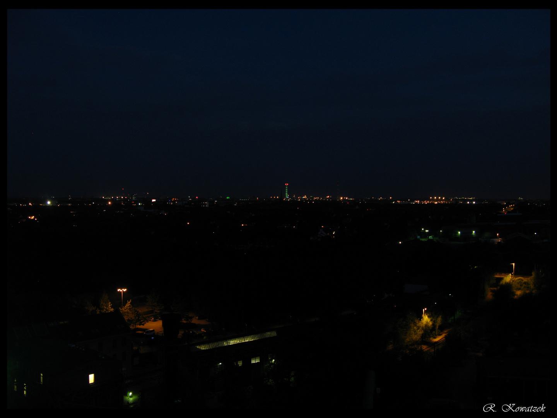Nacht über dem Ruhrgebiet