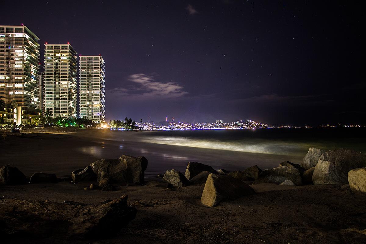 Nacht über der Bucht von Puerto Vallarta