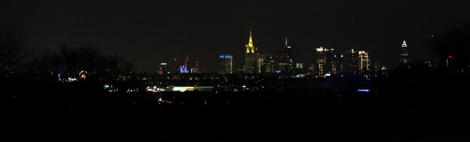 Nachtansicht Frankfurt von Osten
