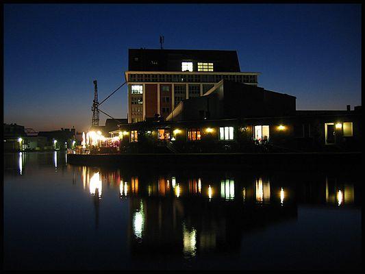 Nachtbild im Hafen von Münster