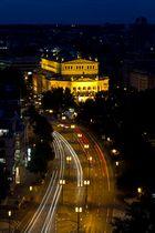 Nachtblick auf die alte Oper
