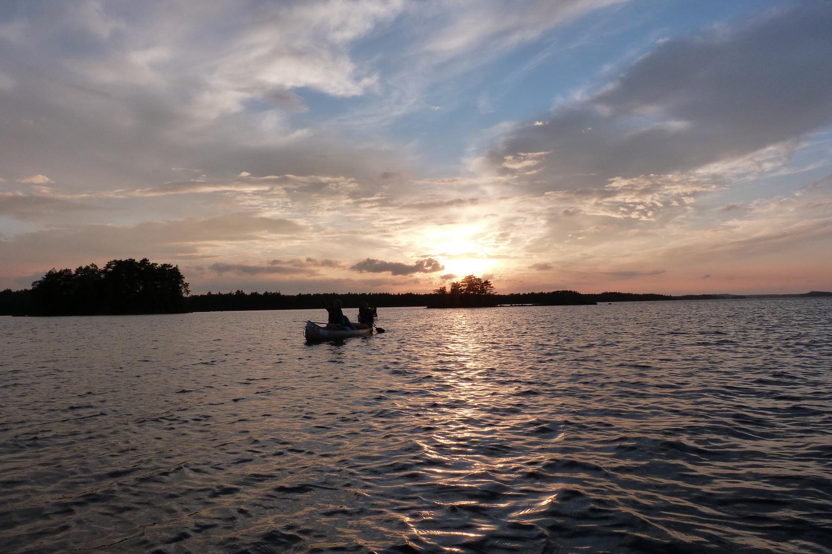 Nachtfahrt in Schweden