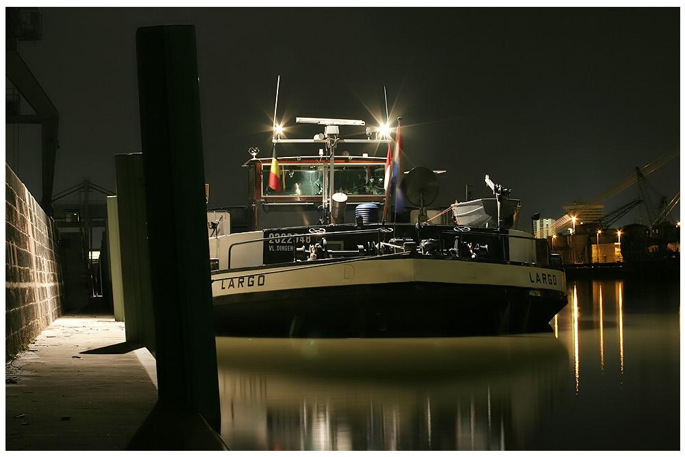 Nachtfotografie / Schiff
