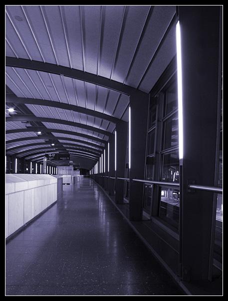 Nachts am Laatzener Bahnhof