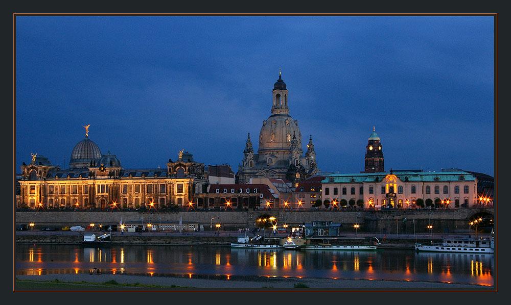 nachts an der Elbe 1