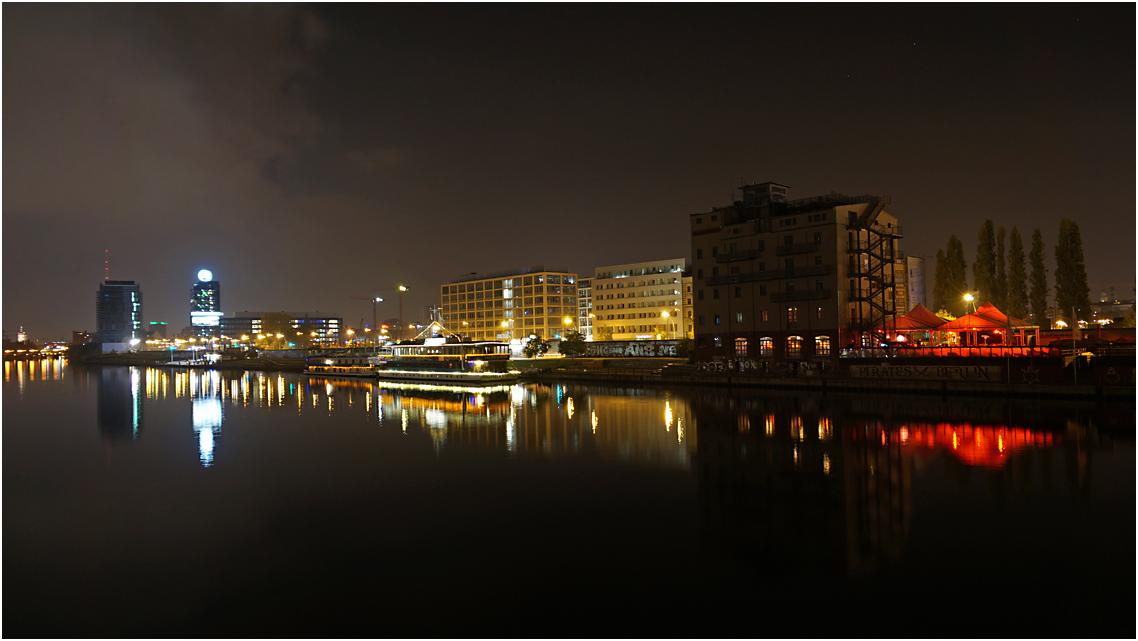 Nachts an der Oberbaumbrücke 05