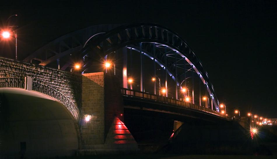 Nachts an der Sternbrücke