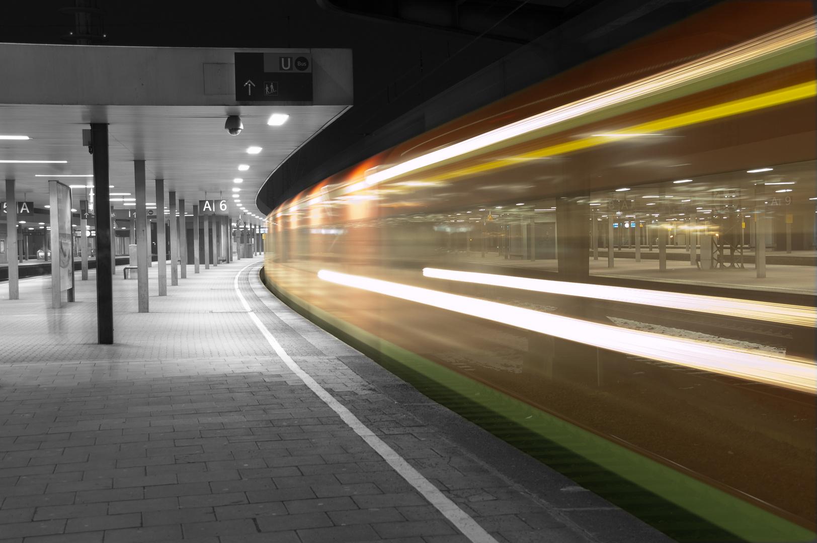 nachts auf dem Hauptbahnhof