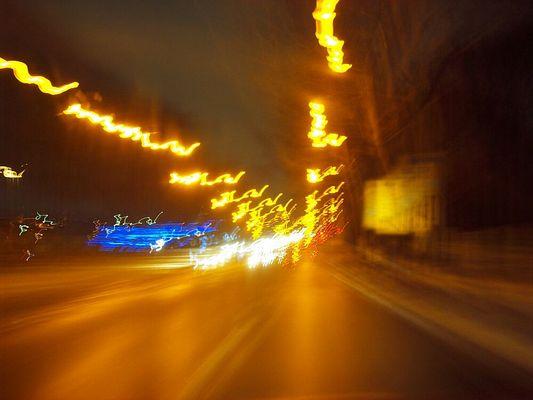Nachts auf der Allee des Lichts