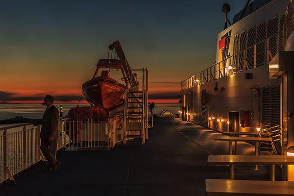 Nachts auf einer Fähre