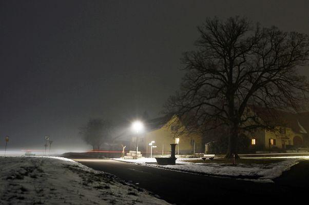 Nachts im Dorf ~ Winter - Nebel