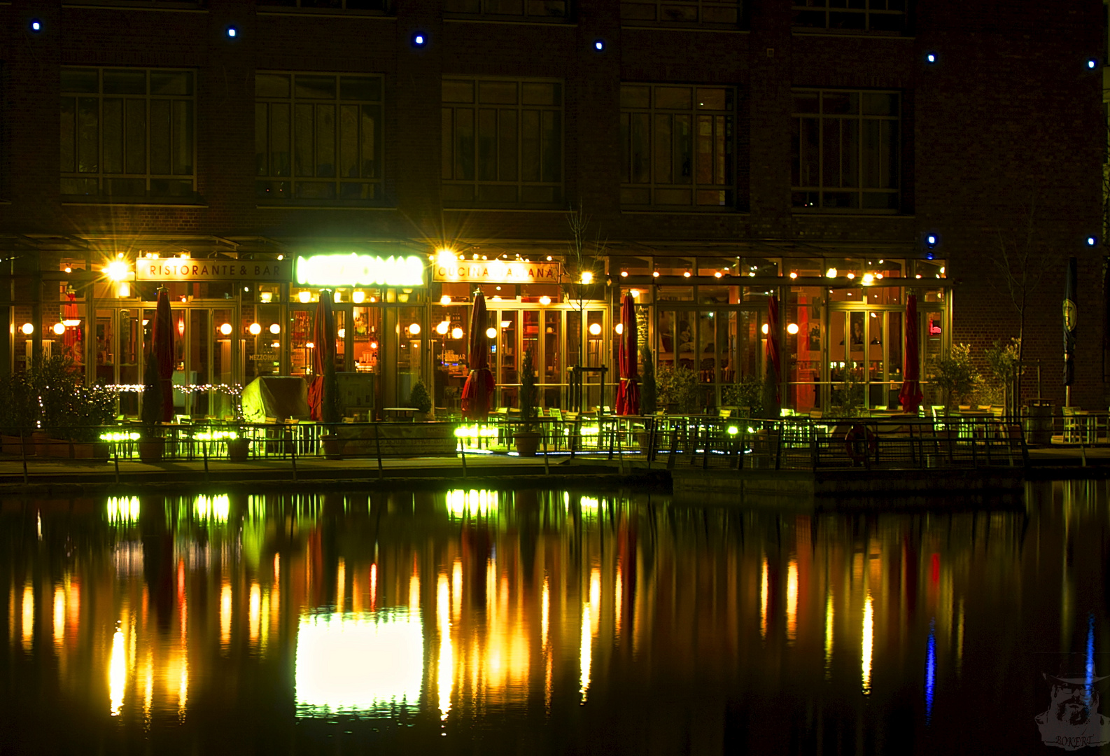 Nachts im Innenhafen XI