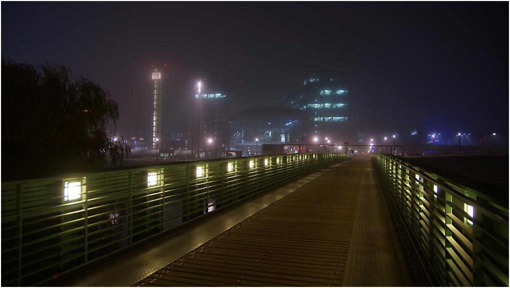 Nachts im Nebel durch Berlin – 06