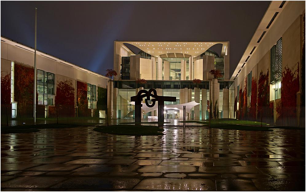 Nachts im Regen durch Berlin 03