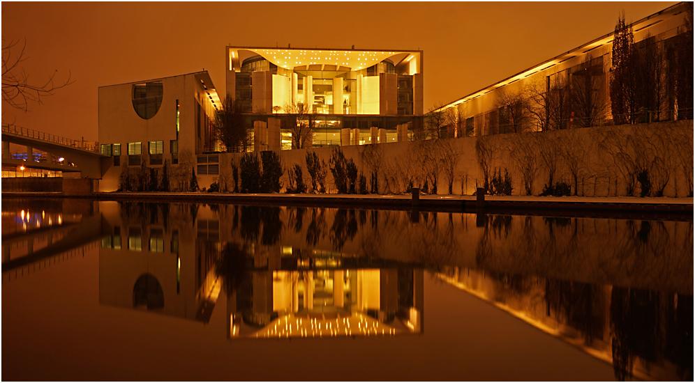 Nachts im Regierungsviertel 08