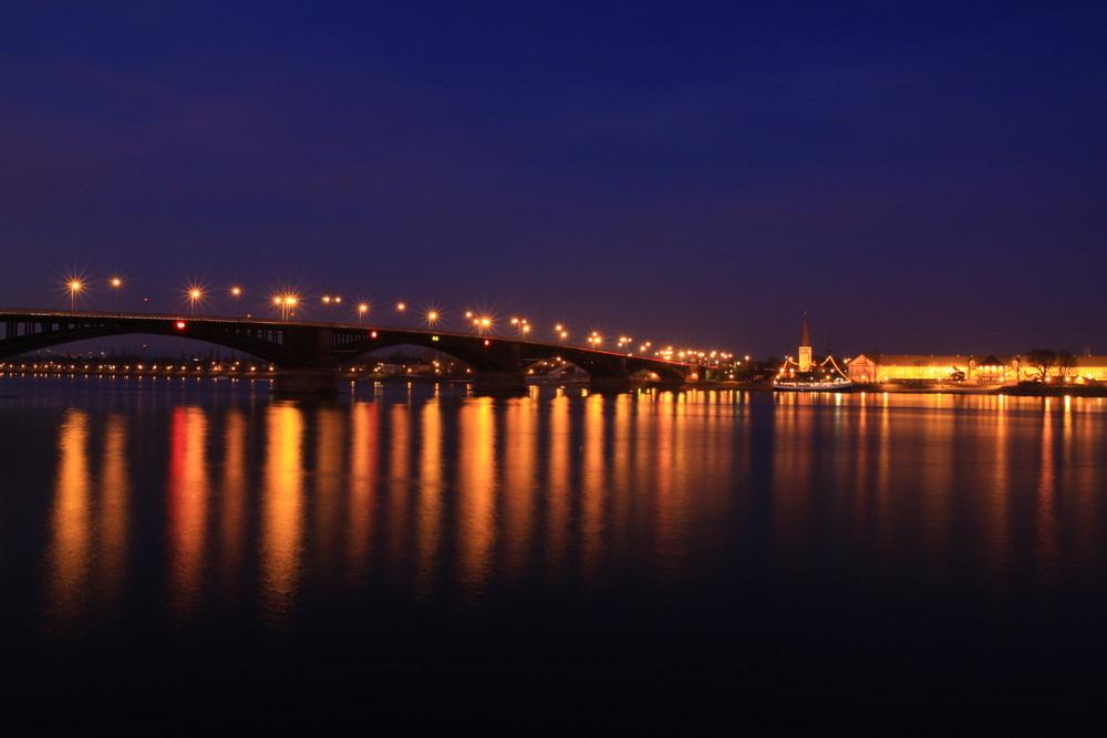 Nachts in Mainz