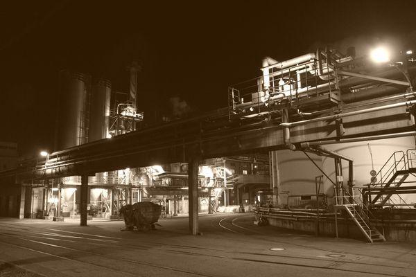 Nachts ist alle Industrie (fast) grau
