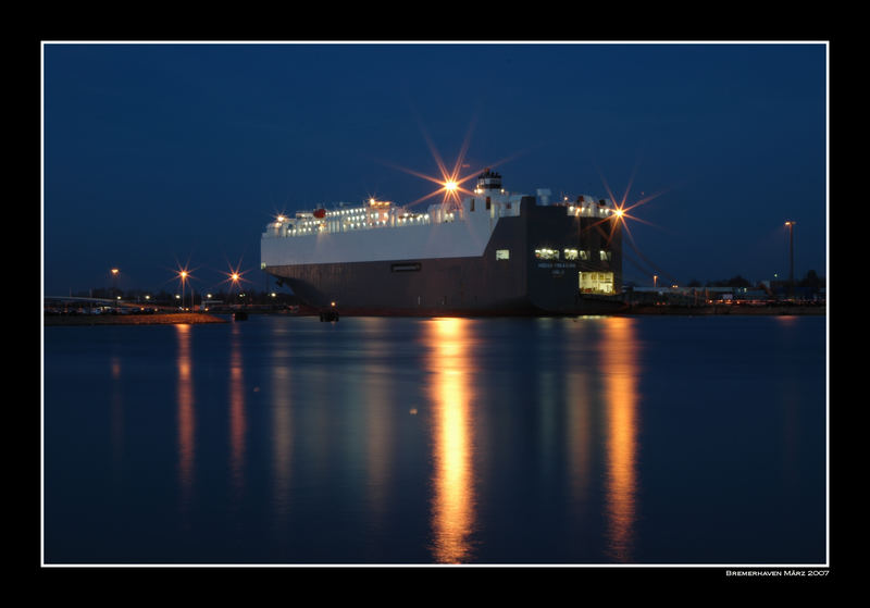 Nachtschicht im Hafen