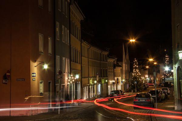 Nachtspaziergang mit Stativ in Landsberg am Lech