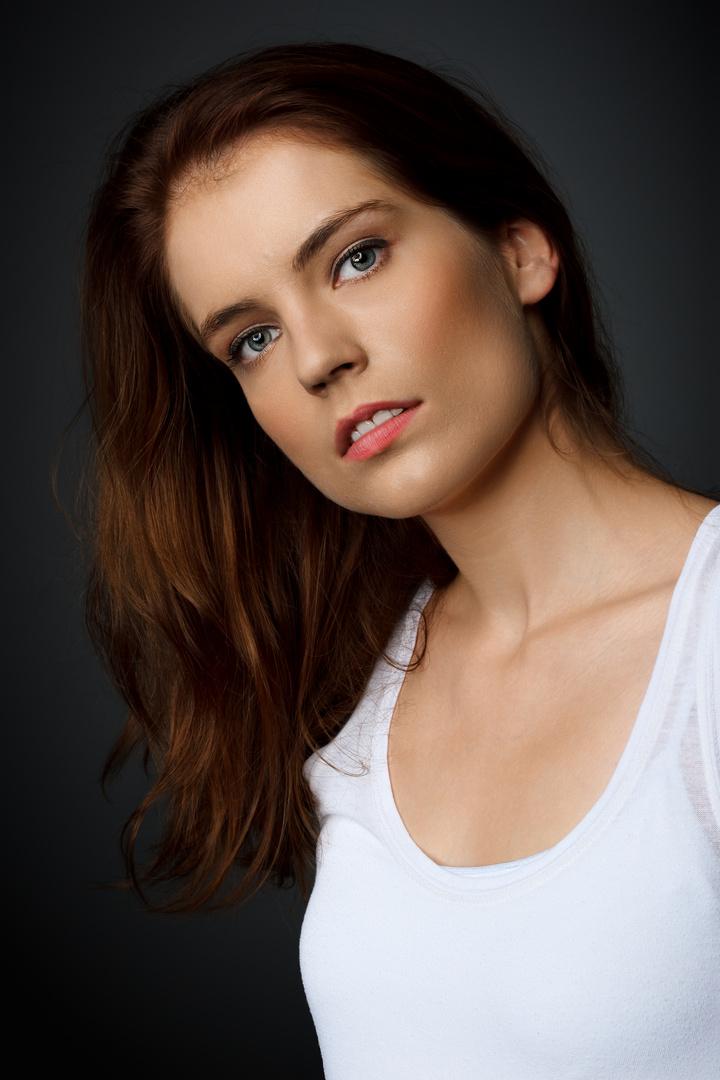 Nadine (2)