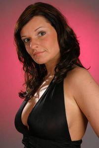 Nadine B .