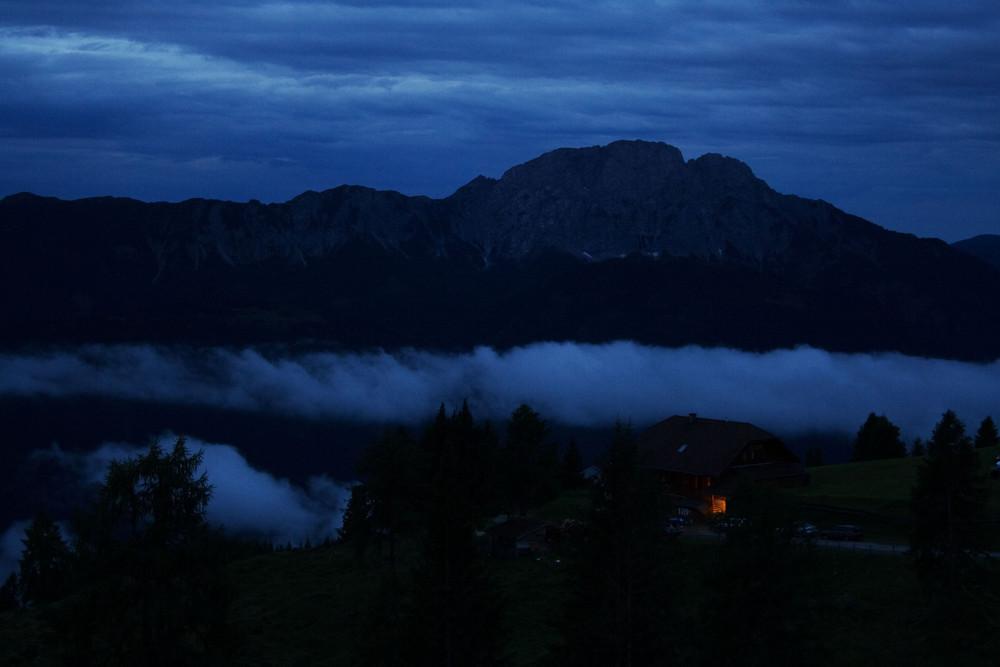 Nächtlicher Nebel
