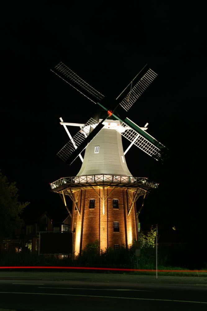 Nächtlicher Streifzug: Mühle