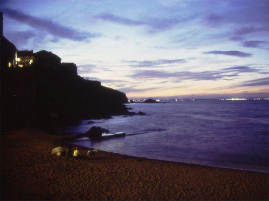 nächtliches Strandleben