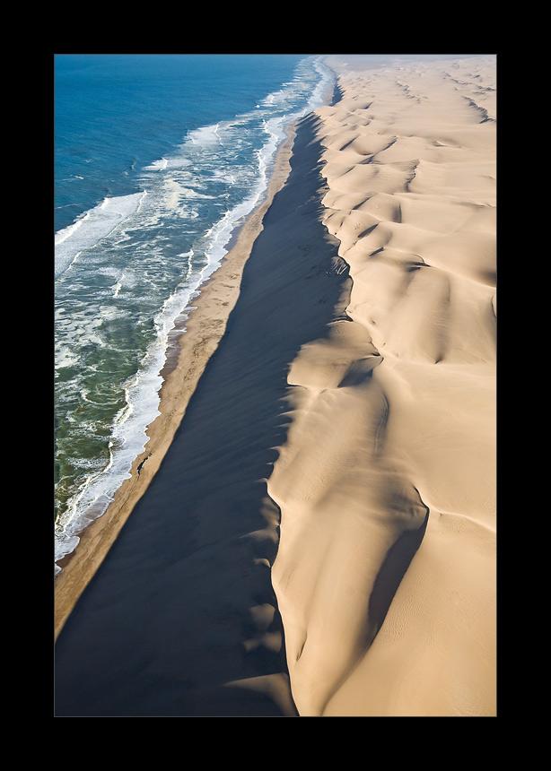 Namibia XXIX - the long wall