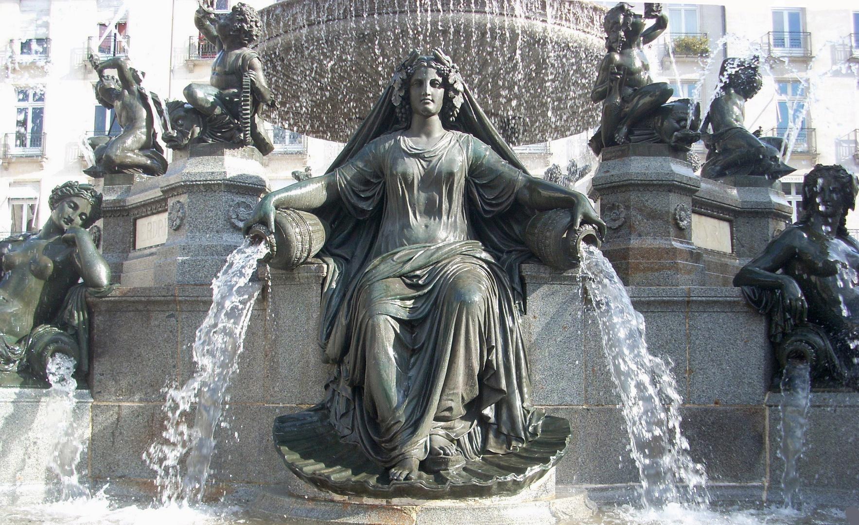NANTES, la fontaine Place Royale.