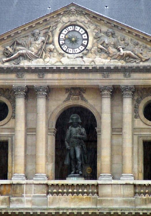 Napoleon hinterm Regenschleier
