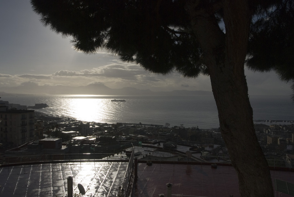 """Napoli_via Aniello Falcone """"La quiete dopo la tempesta"""""""