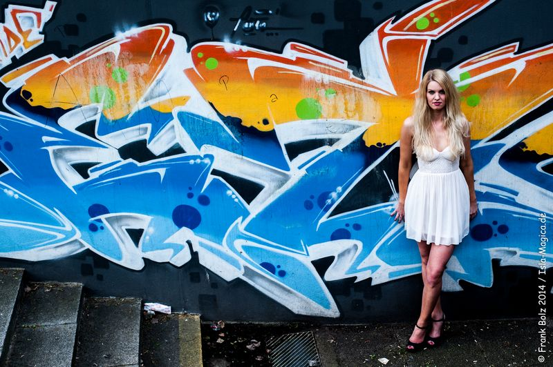 Natalie / Graffiti 1