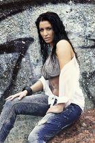 """""""Nathi on the rocks""""  :o)"""