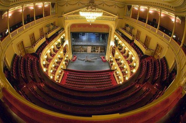 Nationaltheater in Prag 07